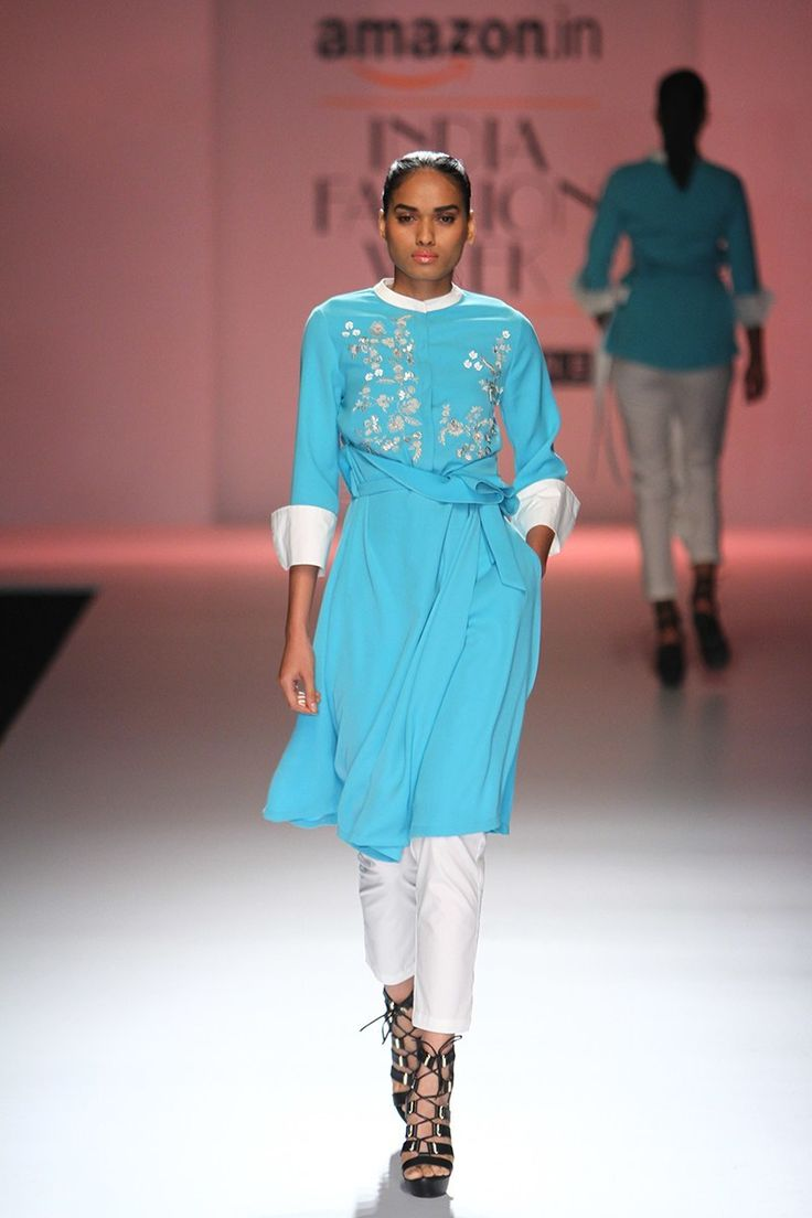 20 Favourite Outfits from Amazon India Fashion Week! Spring/Summer ...