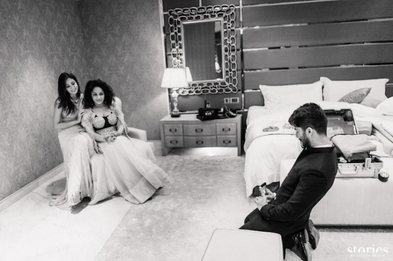 Reception - Shahid Kapoor taking a picture of Masaba and Mira Kapoor - Masaba Gupta and Madhu Mantena wedding 2015