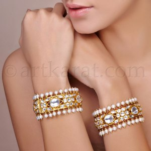 Art Karat - Polki and gold bangles - Meherchand market wedding shopping guide