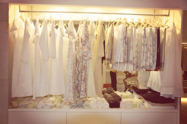 Ekmatra - Rack of kurtas - Meherchand market wedding shopping guide