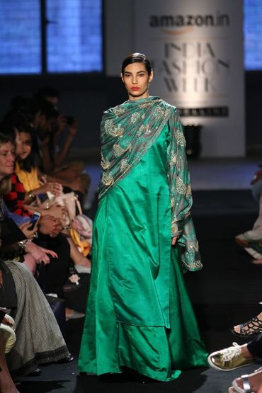 Kurta lehenga - Raw Mango by Sanjay Garg - What to wear to an Indian wedding
