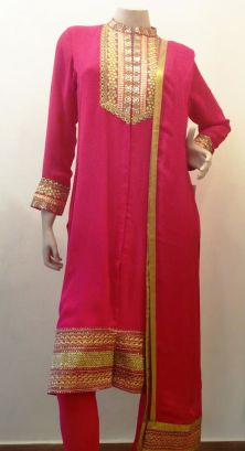 Oomph factory - Pink suit set - Meherchand market wedding shopping guide