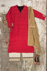 Shades of India - Red kurta with beige pants and gold dupatta - Meherchand market wedding shopping guide