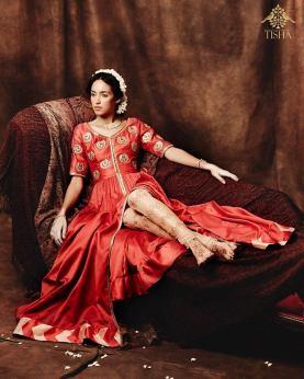 Tisha Saksena - Red open jacket with gold churidaar - Meherchand market wedding shopping guide