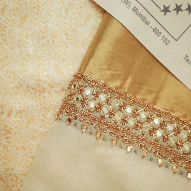 Wedding - Malyali bride cream & gold sari from Kerala - Anasuya Wedding Wardrobe