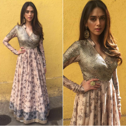 Aditi Rao Hydari in a pink printed anarkali with dust gold yoke by Saaksha and Kinni - Bollywood - Celebrity fashion 2016
