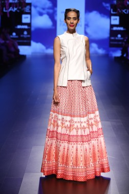 3 Red and white print lehenga | Anita Dongre Love Notes | Lakme Fashion Week 2016