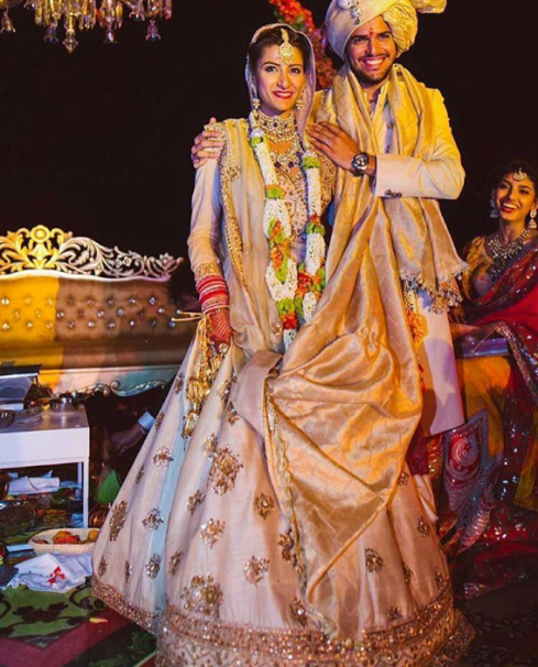 Sabyasachi bride in ivory silk lehenga from 2016 collection